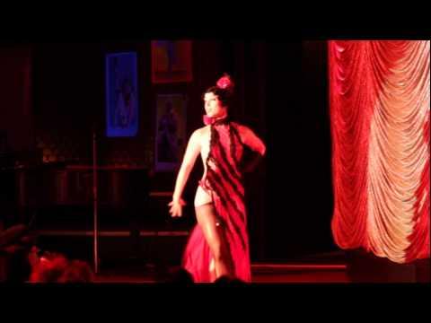 Tease-o-rama 2012 Fa3s3 Michelle L'amour video