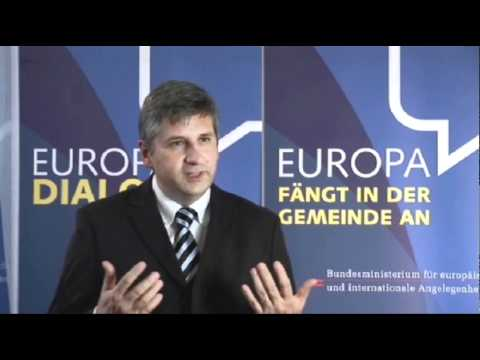 Außenminister Dr. Michael Spindelegger im Interview
