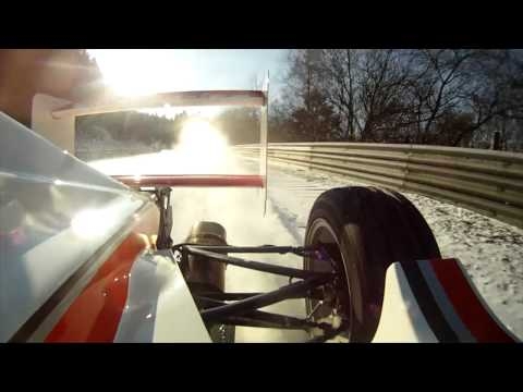 NÜRBURGRING Formula Race Car bei ICE and SNOW. NORDSCHLEIFE