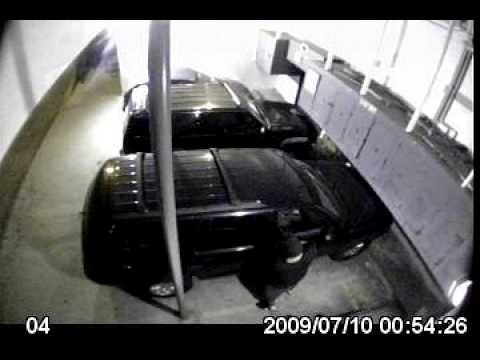 student car burglary caught on surveillance camera in los angeles