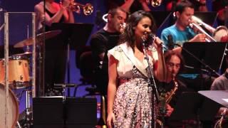 Watch Mayra Andrade Palavra video