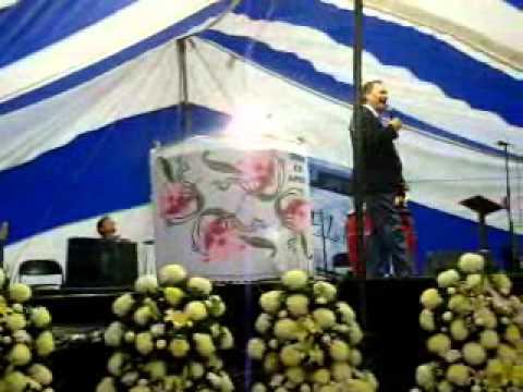 Eugenio Jimenez Predicando EnEl 25 Aniversario DelHno Juan Ramos 2009