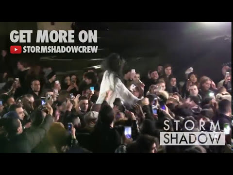 Sexy Rihanna giving fans the Time of their Life during video shoot !