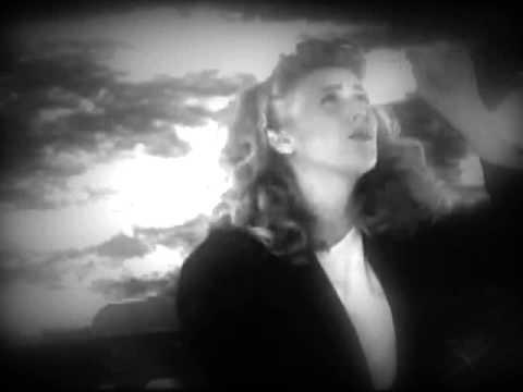 Sophie B Hawkins - As I Lay Me Down
