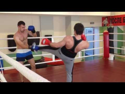 Kickboxing-training sparring with a student Alexander Litvinenko Image 1