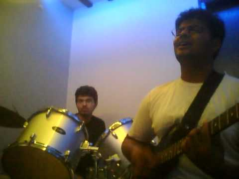 Voyagers Band-  Jaage Hain Cover GURU.wmv