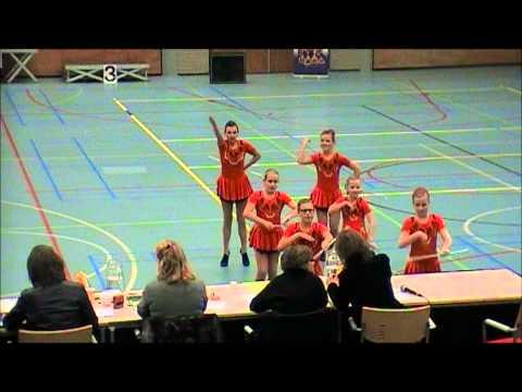 Brabants Kampioenschap Majorette D-team Showkorps Wilhelmina 17112012.wmv