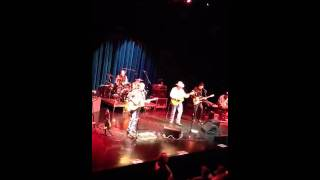 Watch Robert Earl Keen Mr Wolf And Mamabear video