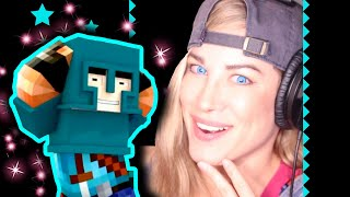 ★ LITTLE SQUARE CAN DANCE! | REACTION to VIDEO | Minecraft Psycho Girl Reaction To FIGHT LIKE A GIRL
