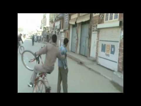 Amazing Bicyle stunts (Pakistan sialkot) Part 2