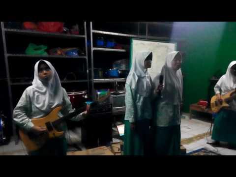 BERAKSI - KOTAK by SMP IT Ar-rudho's Band (Pak Nizar Dok 16 Mei 17) thumbnail