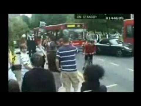 Bus driver rams illegally parked Porsche