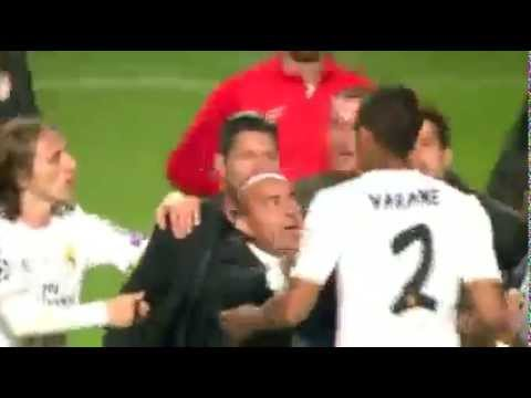 Diego Simeone -Raphael Varane Fighting │Real Madrid - Atletico Madrid│ Champions League 2014 Final