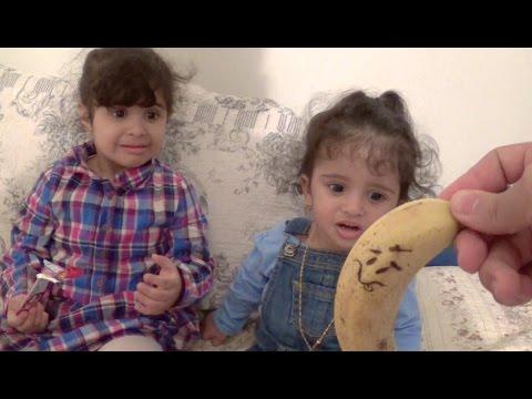 Twerking Banana Scares Babies! video