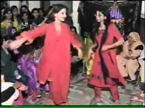 Saba Qamar In Wedding video