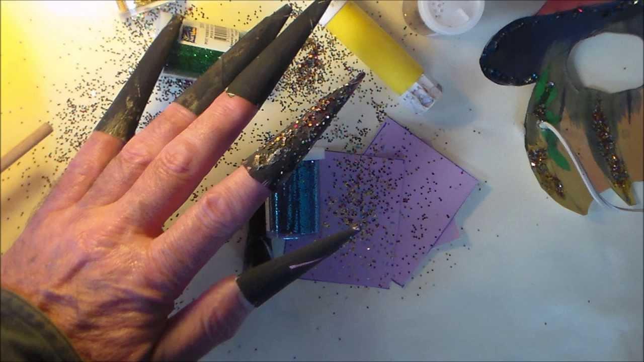 fabriquer des faux ongles de sorci re pour halloween bricolage ludique youtube. Black Bedroom Furniture Sets. Home Design Ideas