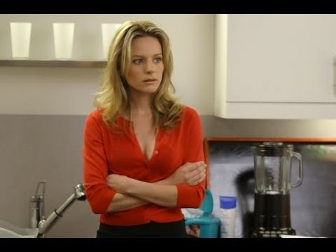 Jessalyn Gilsig Talks Messy Friends & Forgiveness