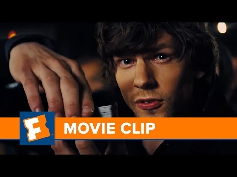 NOW YOU SEE ME -- First 4 Minutes