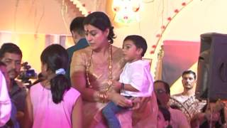 Kajol Attends A Durga Pooja Pandal - Latest Celebrity News