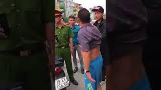 Hóng biến căng giữa CSGT và nam thanh niên xăm trổ hổ báo!!!
