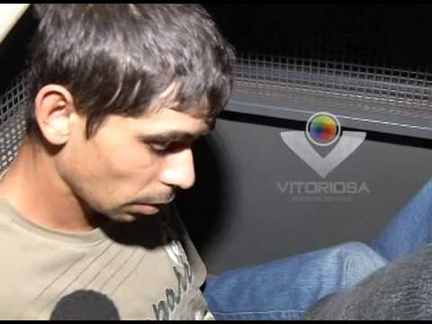Dupla é apreendida suspeita de tráfico de drogas no Dom Almir