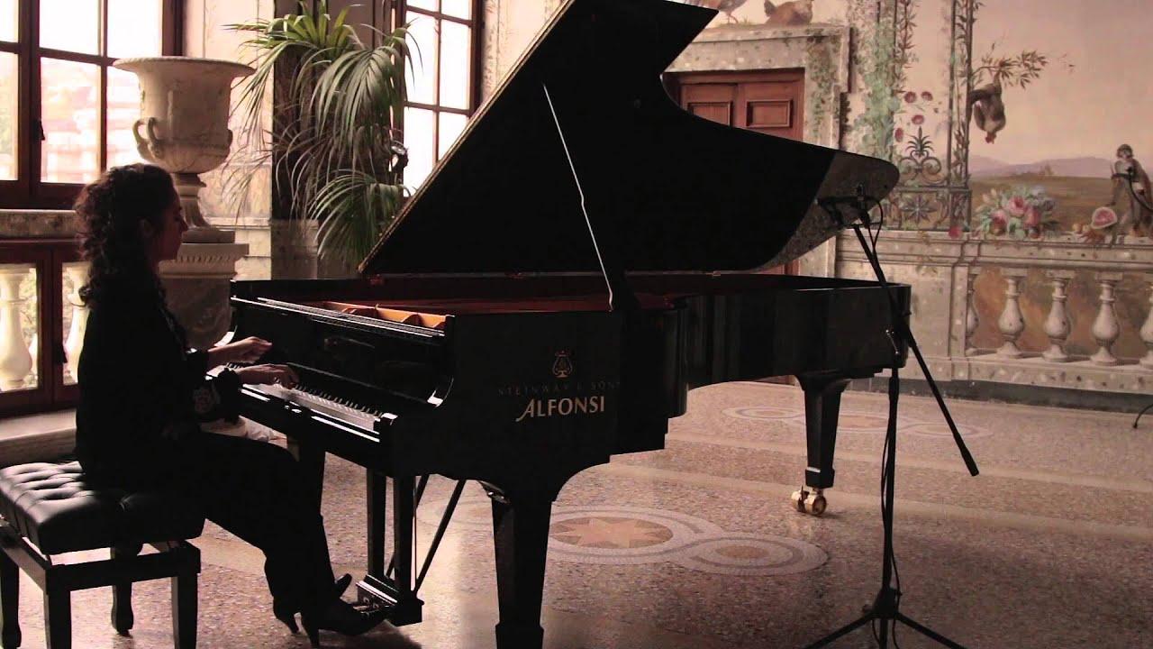 Chopin: Prelude Op. 28 No. 6 Alessandra Ammara   #AF591C 1920 1080 Sala Da Pranzo Country