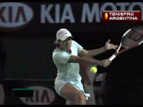 Justine Henin-Hardenne - Slow Motion Backhand Slice