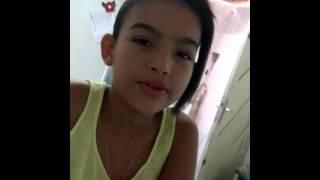 JACI Menina cantando