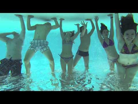 Piscine videolike for Swan et neo piscine