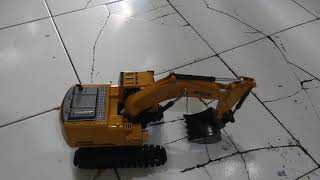 Review Diecast rc excavator metal dan plastik 2,4 ghz 8chanel light and sound