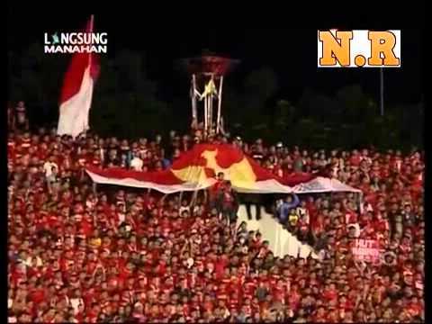 Amazing Sing along Satu Jiwa @Manahan Stadium Solo !!!