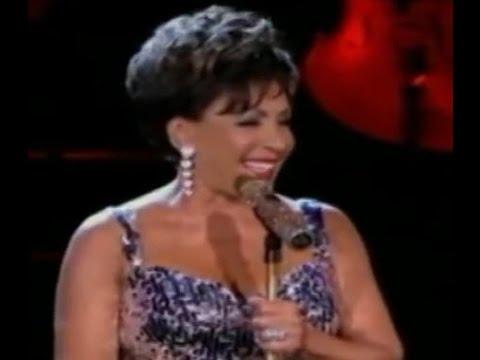 Shirley Bassey - Kiss Me Honey Honey Kiss Me