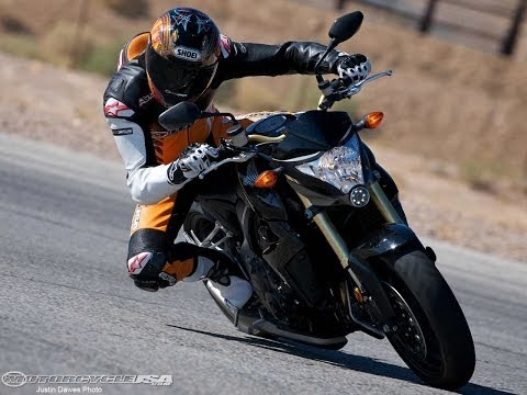 2011 Honda CB1000R - Streetfighter Shootout Part 2 - MotoUSA