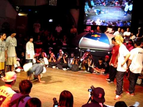 RADIKAL FORZE 12TH BIGTOE CREW (VIETNAM) VS KINGS CREW (PHILIPPINES) !!!