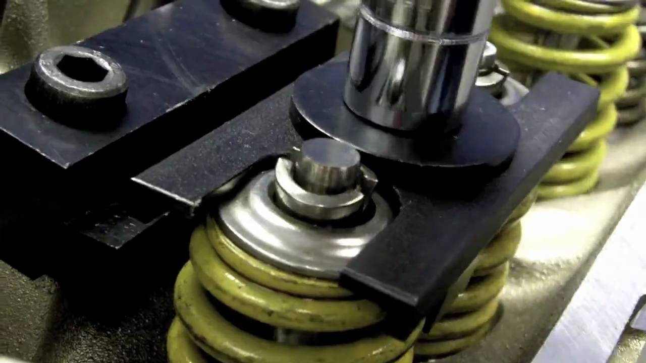 Ls Valve Spring Compressor By Proform Youtube