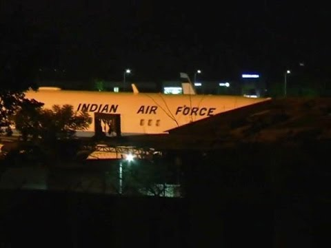 PM Narendra Modi's flight makes emergency landing in Jaipur | Live From Jaipur International Airport