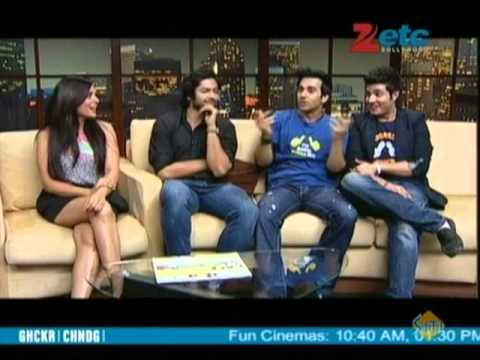 Team of Fukrey With Komal Nahta