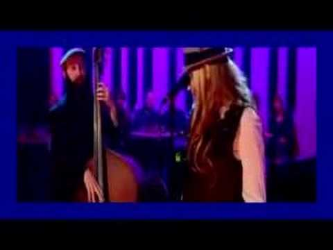 SWEET MEMORY-Melody Gardot Debut On Jools Holland May 08 Video