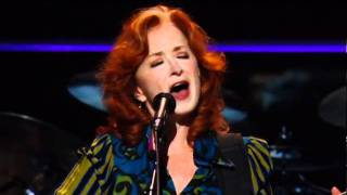 Watch Bonnie Raitt Love Has No Pride video