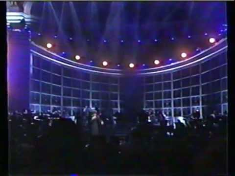 Whitney Houston Step By Step  LIVE @ Constitution Hall (1997)