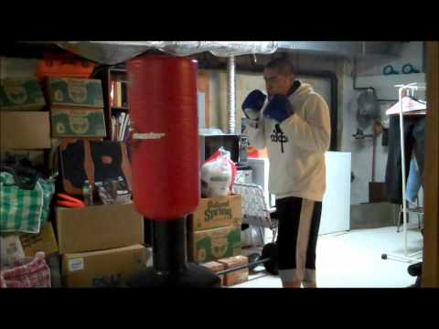 Bas Rutten 2min boxing work out Round 1 and 2