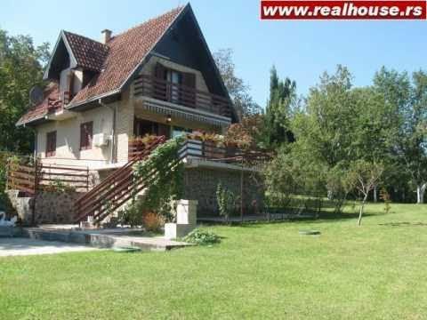 Kuća na Fruškoj Gori u Rakovcu s pogledom na Novi Sad - PRODATO