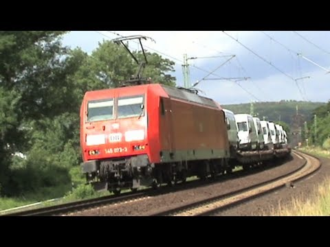 Trains on the right Rhine line between Linz and Erpel