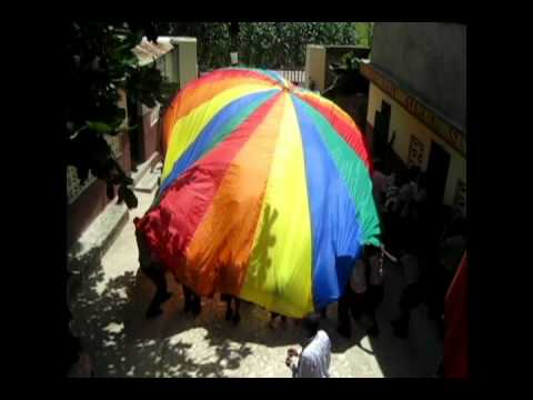 Mission Humanitaire Haiti 2012 - Université de Moncton.avi
