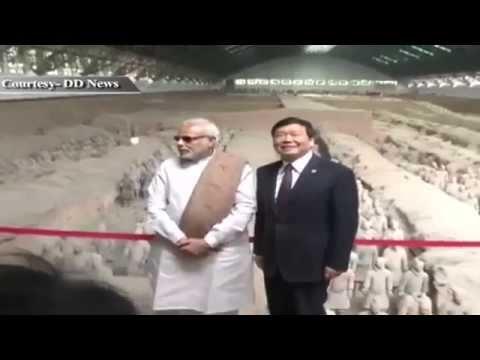 PM Shri Narendra Modi visits Terracotta Warriors Museum in China