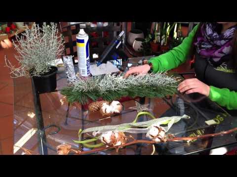 Scherngell Gärtnereitipp: Weihnachtlicher Türschmuck