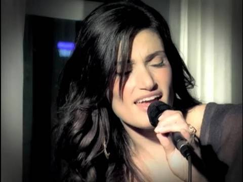 Idina Menzel - I Stand [Acoustic] (video)