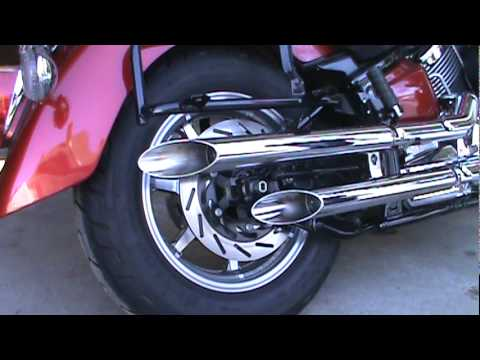 2008 Yamaha VStar Classic stock exhaust to Jardine Rumblers Drag Pipe Slip-On.mpg