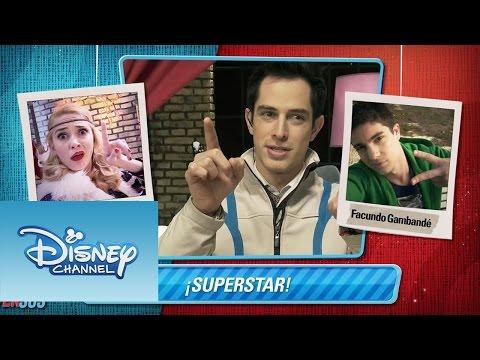 Nacho de The U-Mix Show desafía a los chicos de Violetta a una batalla de selfies imperdible. Sitio oficial de Disney Channel: http://www.disneylatino.com/disneychannel/ Síguenos en Facebook:...
