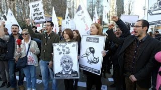Twitler  (Turkey) Twitter ban sparks outrage, social media mocks